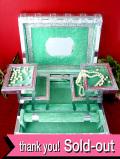 1960年代:豪華なヴィクトリアンスタイル♪銀細工が素晴らしい本の形のとても大きな宝石箱