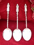 <英国銀器>1910年代:エドワーディアン時代♪銀細工が美しい聖者のティースプーン「3本セット」