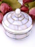 <英国銀器>優雅な白蝶貝(マザーオブパール)♪銀細工も美しいシルバープレートのトリンケットBOX