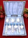 <英国銀器>1940年代:可憐なバラのお花の銀細工♪シルバープレートのティースプーンセット「6本組:お箱付」