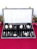 1940年代:聖者たちの銀細工♪シルバープレートのカトラリーセット「13本組:収納箱付」