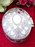<英国銀器>1930年代:立体的なハートのお花たちの銀細工♪優雅なシルバープレートの楕円形の宝石箱