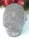 <英国銀器>1930年代:立体的なお花たちの銀細工♪ゴージャスなシルバープレートの宝石箱