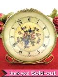 1950年代:豪華な真鍮の透かし細工♪ヴィクトリアンデザインの「プチポワン」の置時計