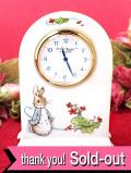 【30日間保証付:ウェッジウッド】「ピーターラビット」♪英国の愛らしいウサギさんの陶器の置時計