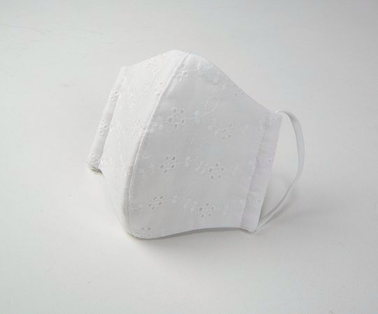 NEW●立体布マスク(表地綿レース裏ガーゼ) 女性用 白 柄レース