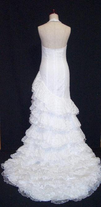 バタ・デ・コーラ風ウエディングドレス|WED4