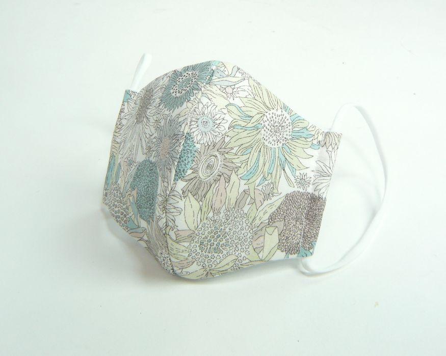 ●立体布マスク●  リバティ 麻 ひまわり柄 ブルー(スモールスザンナ) 夏用と秋冬用選べます