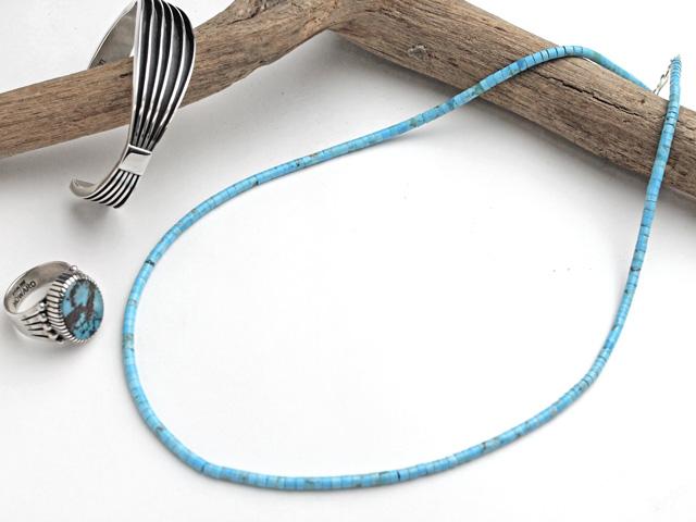 サントドミンゴ 34-0330-45 ドレイン・カラバザ作 キングマン・ターコイズ マイクロHeishiネックレス 全長450mm