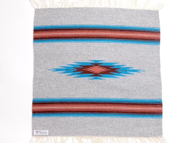 オルテガ 842020-076 手織りチマヨブランケット 50x50cm ヘザーグレー
