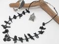 ナバホ 04-0137 コニー・ラミレス作 オール・ブラックジェット・フェティッシュ・ネックレス 全長670mm