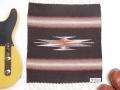 【限定生産カラー】 オルテガ 841515-101 手織りチマヨブランケット 38x38cm ダークブラウン