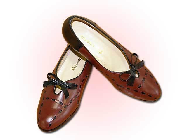 婦人靴377型