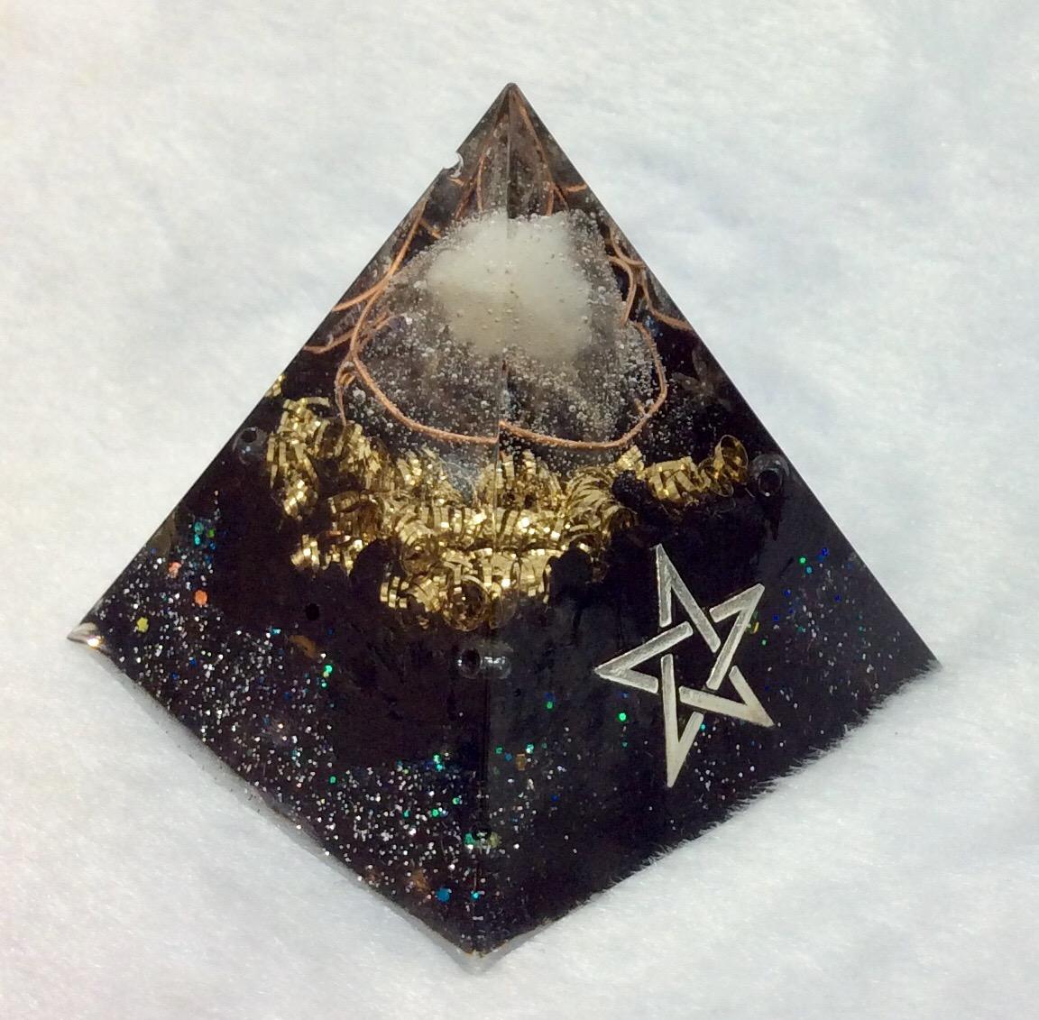 オルゴナイト (10月・トルマリン)