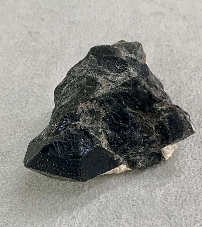 モリオン原石 (黒水晶) 21g