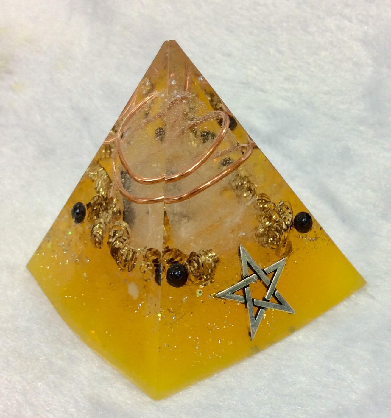 オルゴナイト (4月・ヒマラヤ水晶)