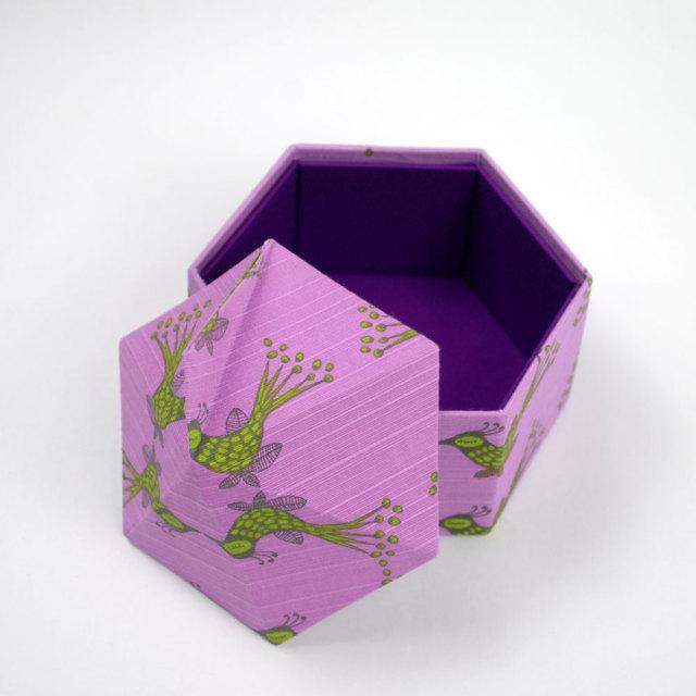 六角アートボックス リンツ