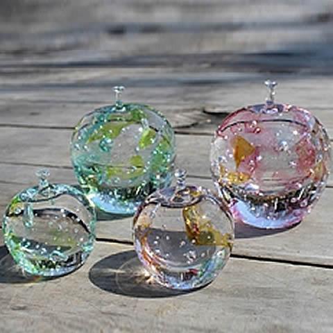 あづみ野ガラス工房 りんごの結晶