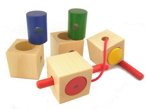 ネフ社 シグナ 木のおもちゃ ひも通し 知育 玩具