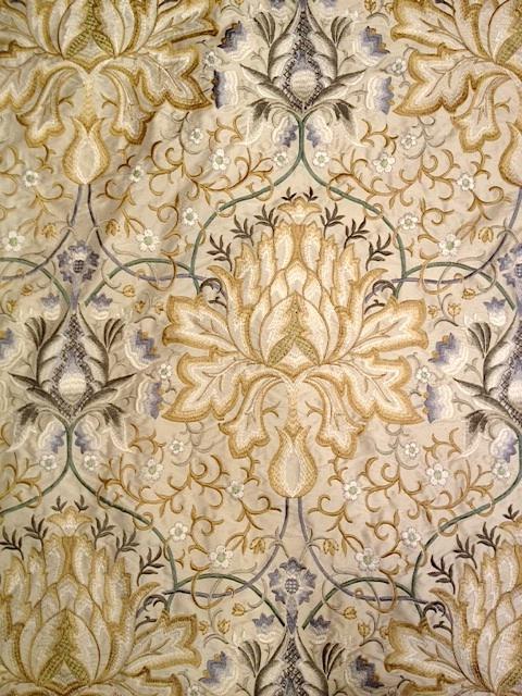 Artichoke Embroidery234544 131mx1M以上10cm単位でカット販売(海外取寄せ