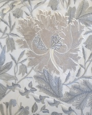 Pure Honeysuckle & Tulip Embroidery236650 129cmx1Mカットクロス(海外取寄せ)
