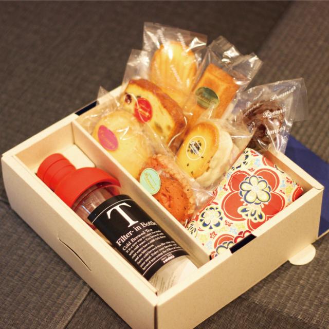 【おすすめギフト】フィルターインボトルと焼き菓子のセット(深蒸し掛川茶100g缶入り)