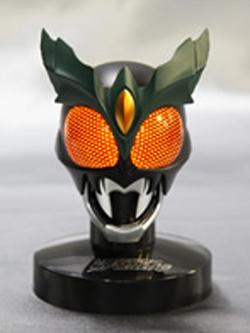 マスクコレクション Vol.11 仮面ライダーギルス デモンズファングクラッシャーVer. 発光台座仕様