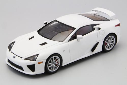 【44514】Lexus LFA (WHITE) 【RESIN】