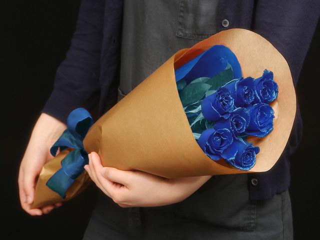 5本の青い煌薔薇の花束~きらきら輝くバラの宝石(花言葉カード付き) 【送料一律1800円(※一部地域を除く)】