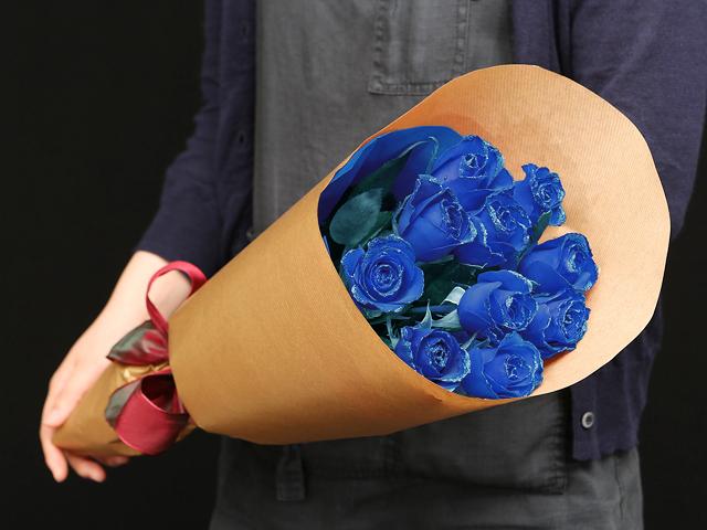 11本の青い煌薔薇の花束~きらきら輝くバラの宝石(花言葉カード付き) 【送料一律1800円(※一部地域を除く)】