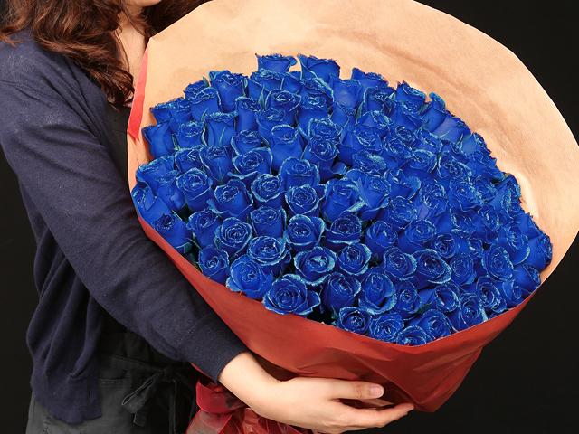 108本の青い煌薔薇の花束~きらきら輝くバラの宝石(花言葉カード付き) 【送料一律1800円(※一部地域を除く)】