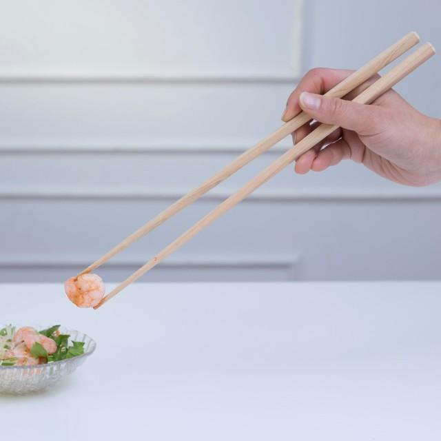 青森ひば 菜箸使用イメージ