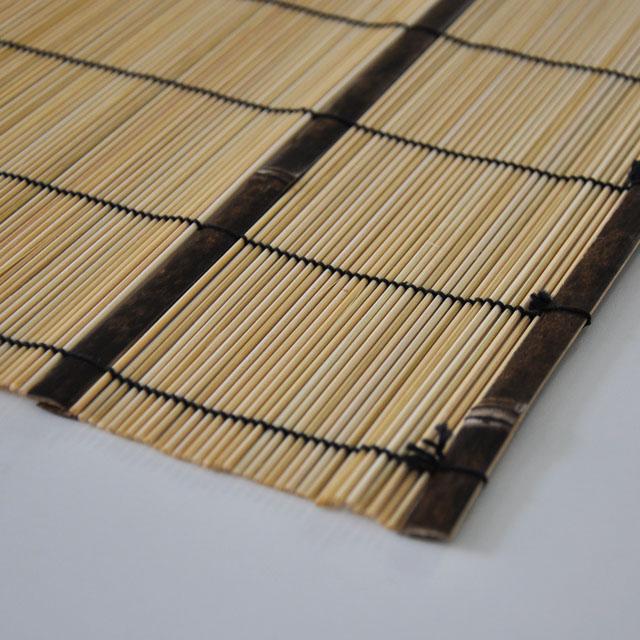 竹のおむすび入れ