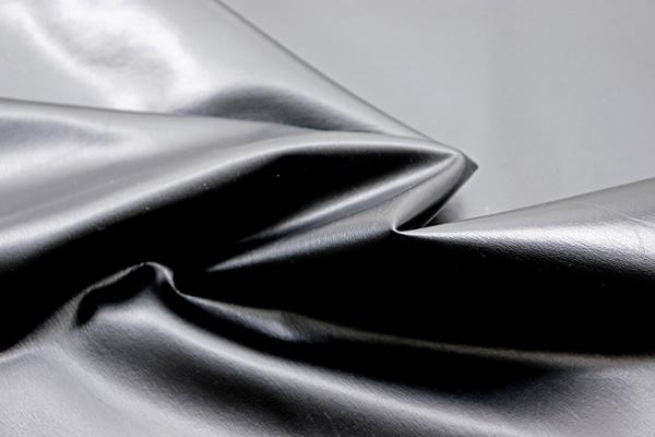 衣料にも使える高品質なソフトレザー 半艶 ブラック