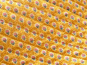 SOULEIADO ソレイアードのキルティング生地 プティット・フルール・デ・シャン 黄色(イエロー)(0673-46)