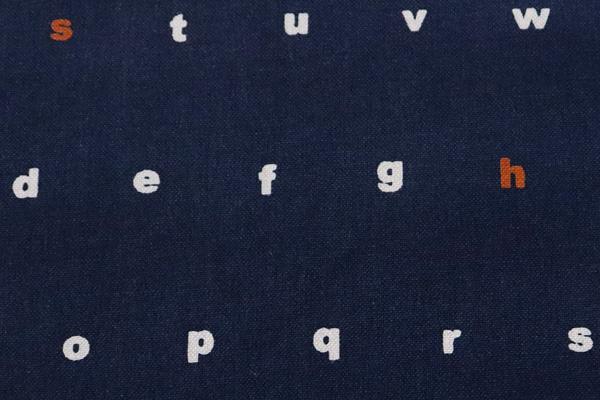 バッグなどの手芸に最適な 11号帆布 アルファベット 濃紺