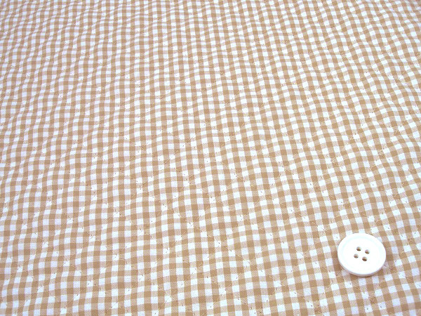 ギンガムチェックのキルティング生地(キルト生地)3mm ベージュ 肌色(1171-68)