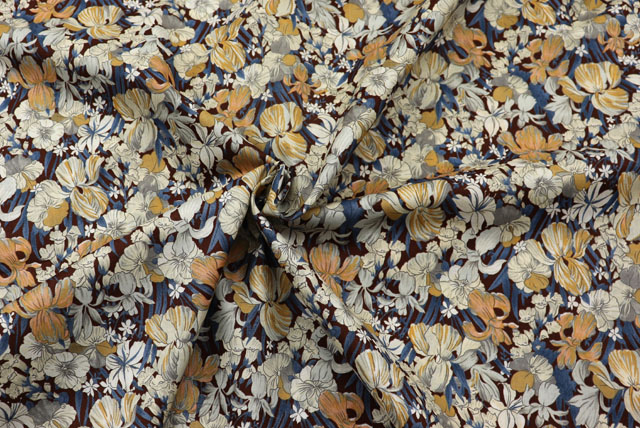 コットン80ローンプリント生地  花柄 茶地×グレイ・ミルクココア (4151-26)