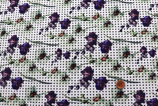 ストレッチレーシーニットプリント生地 オフ白×紫・茶 【50cm単位】 (la698)