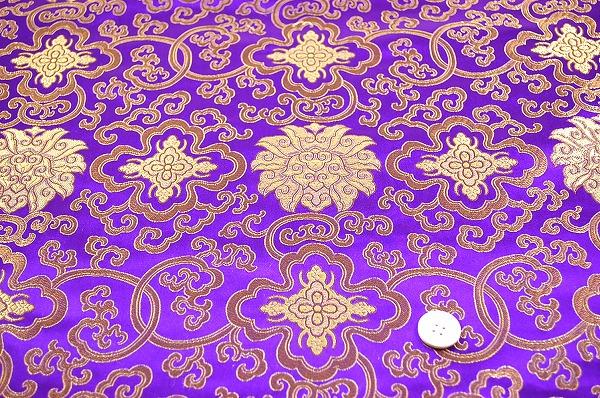 チャイナドレス生地・チャイナ生地(蓮と唐草・紫)(0635-75)