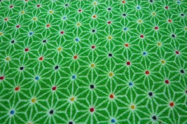 かわいい麻の葉の模様 レーヨンちりめん生地 若草色 緑色(0643-55n)