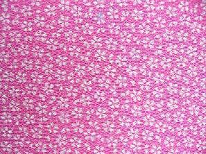 シンプルで可愛い小桜の和風生地 レーヨンちりめん生地 ピンク色(0643-62)