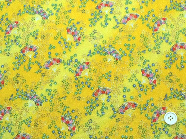 レーヨンちりめん友禅金彩生地 小花と扇と流水 黄色