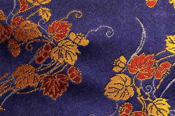 金襴などの手芸材料 日本の伝統 吹き寄せ蔦と桔梗 紫紺
