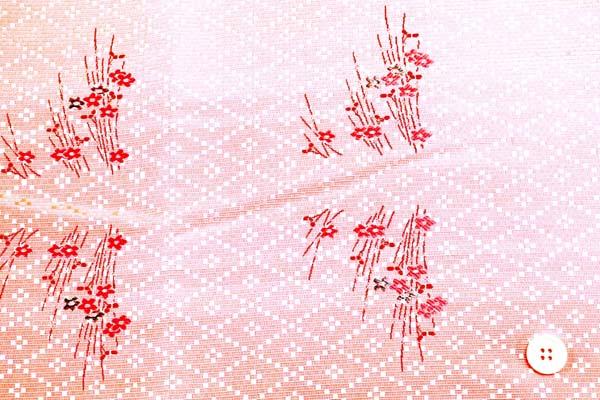 金襴などの手芸材料 日本の伝統 十字角菱花 薄桜色