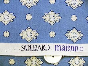 SOULEIADO ソレイアードの生地 ラ・メルヴェイユ 白色(水色地)(0673-16)