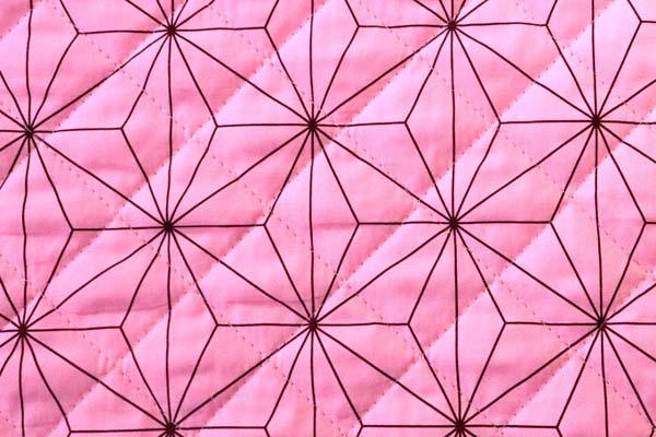 キルティング加工しました! 日本の伝統 ブロードの麻の葉 ピンク