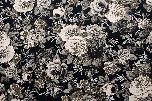 コットンツイルプリント 薔薇の柄2 黒 1128-09