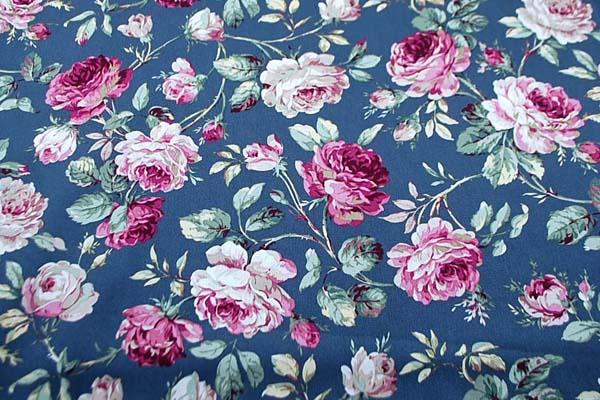 コットンツイルプリント 薔薇の柄3 チャコールグレー 1128-11