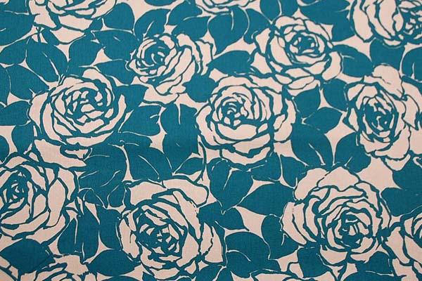 コットンツイルプリント 薔薇の柄1 ベージュ地にターコイズ 1128-13
